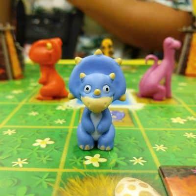 Juego de mesa de dinosaurios
