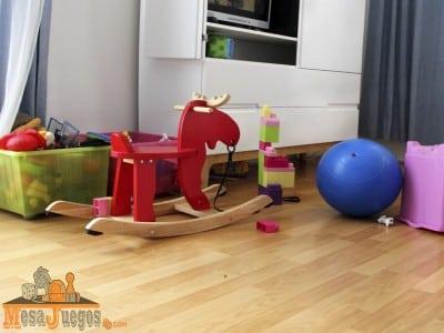 ideas para guardar juguetes con poco espacio